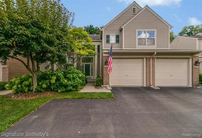 Bloomfield Twp Condo/Townhouse For Sale: 514 Newburne Pointe