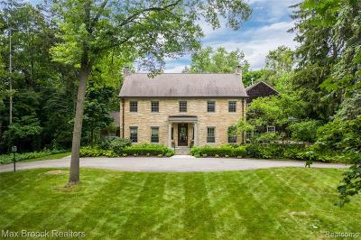 Bloomfield Twp Single Family Home For Sale: 1333 N Glengarry Road
