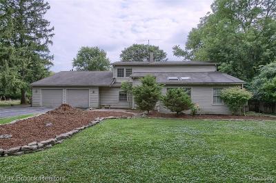 Farmington Hills Single Family Home For Sale: 31875 Hull Avenue