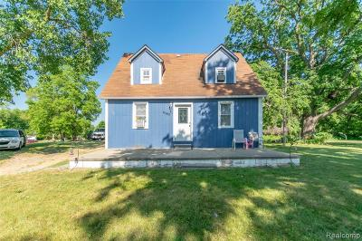 Plymouth Twp, Canton Twp, Livonia, Garden City, Westland Single Family Home For Sale: 6562 N Hix Road