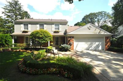 Bloomfield Twp Single Family Home For Sale: 3207 E Breckenridge Lane
