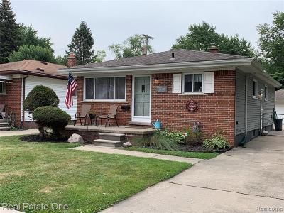 Dearborn Heights Single Family Home For Sale: 5009 Campbell Street