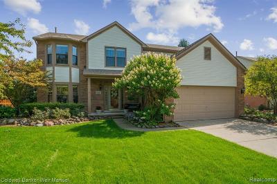 Canton, Plymouth Single Family Home For Sale: 9126 Trillium Ln
