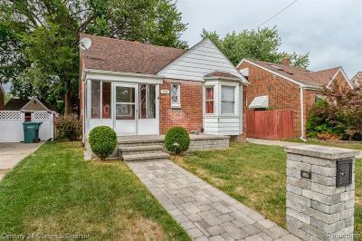 Lincoln Park Single Family Home For Sale: 928 Highland Avenue