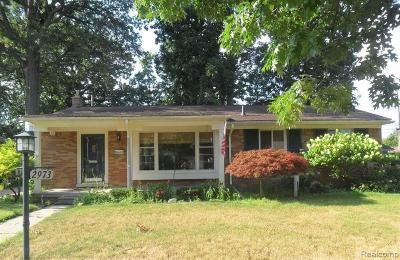 Trenton Single Family Home For Sale: 2973 Elmwood Avenue