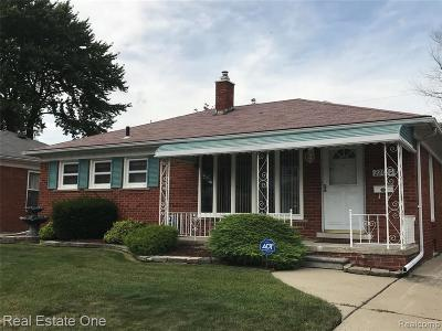 Clinton Twp, Harrison Twp, Roseville, St. Clair Shores Single Family Home For Sale: 22019 Trombly Street