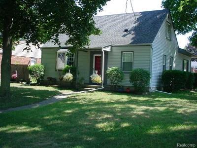 Farmington Hills, Farmington, Livonia, Redford Single Family Home For Sale: 15504 Westmore Street
