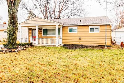 Warren Single Family Home For Sale: 23096 Lauren Ave Avenue