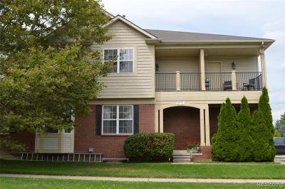 Shelby Twp Condo/Townhouse For Sale: 5771 Norway Spruce Drive