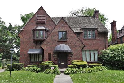 Detroit Single Family Home For Sale: 2224 Burns Street