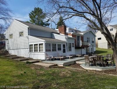 Waterford Twp Single Family Home For Sale: 2922 Rowan Boulevard