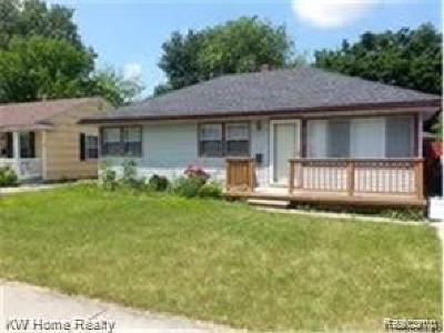 Royal Oak, Ferndale, Berkley, Clawson, Pleasant Ridge Single Family Home For Sale: 3725 Coolidge Highway