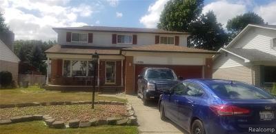 Livonia, Redford Twp, Farmington Hills, Farmington, Southfield Single Family Home For Sale: 18905 Carmona Street