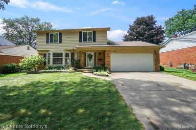 Garden City, Plymouth, Canton Twp, Livonia Single Family Home For Sale: 521 Leicester Street