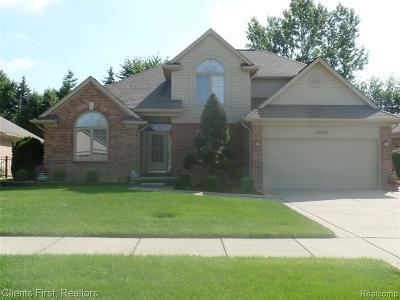 St Clair Shores, Roseville, Harrison Twp, Fraser Single Family Home For Sale: 34142 Flower Hill