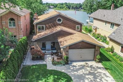 Commerce Twp Single Family Home For Sale: 3400 Edgewood Park Drive