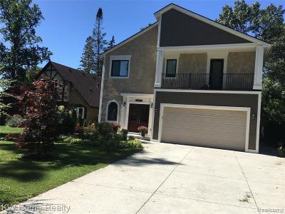 Keego Harbor, Sylvan Lake Single Family Home For Sale: 2358 Garland