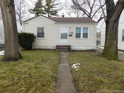 Macomb County Single Family Home For Sale: 7103 Jackson Avenue
