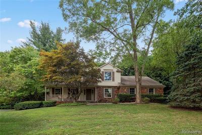 Bloomfield Twp Single Family Home For Sale: 7286 Sandy Creek Lane