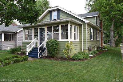 Canton, Plymouth Single Family Home For Sale: 297 Fair Street