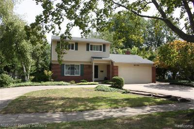 Livonia Single Family Home For Sale: 9132 W Bassett Court