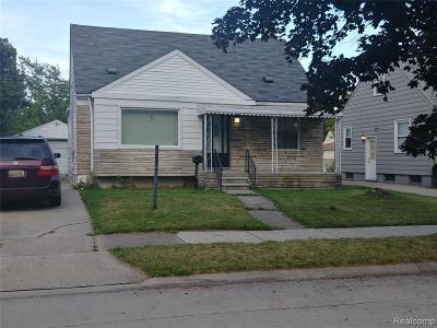 Macomb County Single Family Home For Sale: 21796 Gascony Avenue