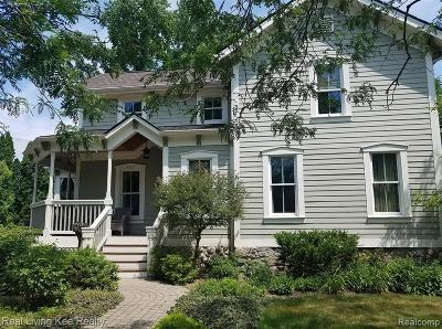 Rochester Single Family Home For Sale: 402 W 4th Street