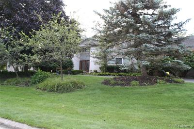 Bloomfield Twp Single Family Home For Sale: 3714 Durham Court
