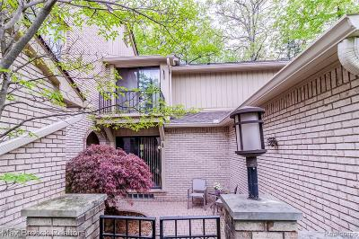 Bloomfield Twp Condo/Townhouse For Sale: 1201 Hillpointe Circle