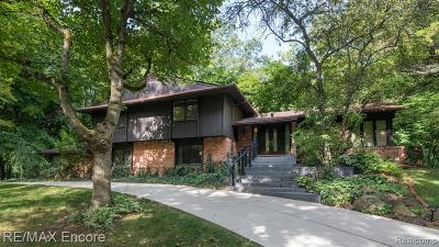 Bloomfield, Bloomfield Hills, Bloomfield Twp, West Bloomfield, West Bloomfield Twp Single Family Home For Sale: 1177 Burnham Road