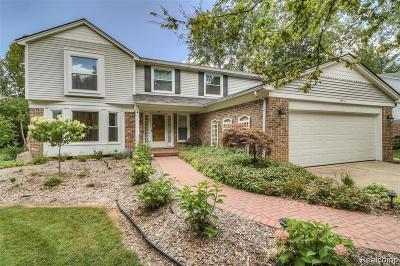Livonia Single Family Home For Sale: 14470 Fairway Street