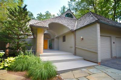 Bloomfield Hills Condo/Townhouse For Sale: 55 Scenic Oaks Drive N