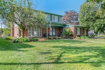 Warren Single Family Home For Sale: 11174 Capri Drive