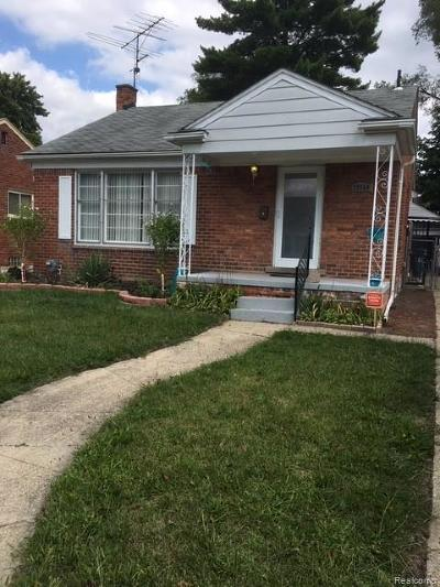 Oak Park Single Family Home For Sale: 23550 Condon Street