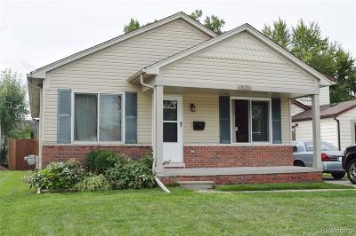 Macomb County Single Family Home For Sale: 19238 Martin Road