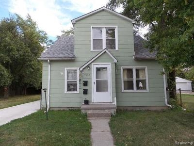 Macomb County Single Family Home For Sale: 7552 Meadow Avenue