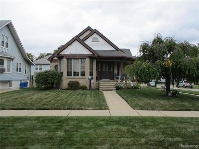 Wyandotte Single Family Home For Sale: 802 Orange Street