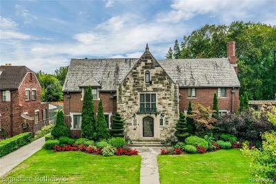 Detroit Single Family Home For Sale: 725 W Boston Boulevard