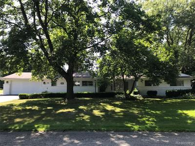Bloomfield Twp Single Family Home For Sale: 2670 Pendleton Drive