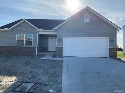 Monroe County Single Family Home For Sale: 2053 Carson Lane