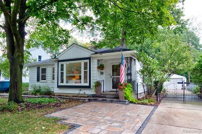 Royal Oak Single Family Home For Sale: 504 N Vermont Avenue