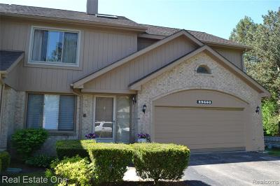 Farmington Hills Condo/Townhouse For Sale: 29603 Sierra Point Circle