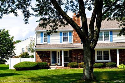 Novi Condo/Townhouse For Sale: 41788 Broquet Drive