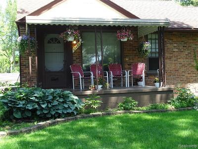 Livonia Single Family Home For Sale: 27480 Pickford Street