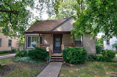 Oak Park Single Family Home For Sale: 23111 Rosewood Street