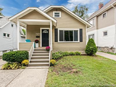Ferndale Single Family Home For Sale: 345 Edgewood Pl