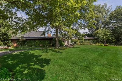 Bloomfield, Bloomfield Hills, Bloomfield Twp, West Bloomfield, West Bloomfield Twp Single Family Home For Sale: 1544 Lakewood Court