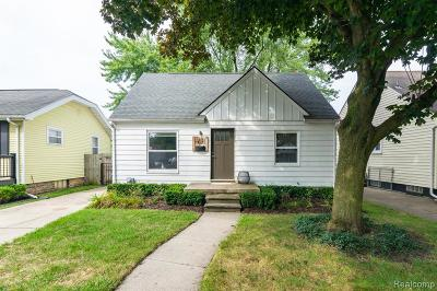 Berkley Single Family Home For Sale: 3907 Phillips Avenue