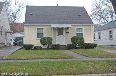Dearborn Single Family Home For Sale: 21344 Auddette St