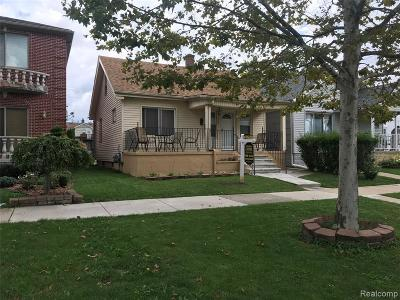 Dearborn Single Family Home For Sale: 7430 Maple Street